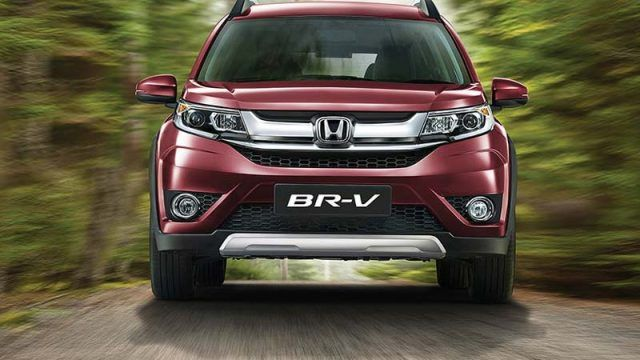 Pictures of Honda BR V 2017 in Pakistan