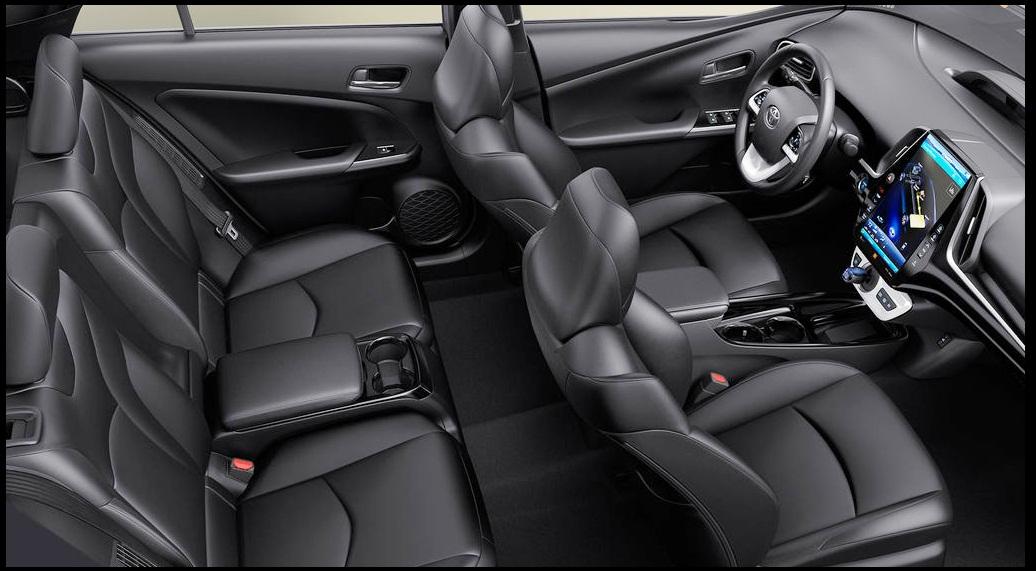 Toyota Prius  2018 interior Picture