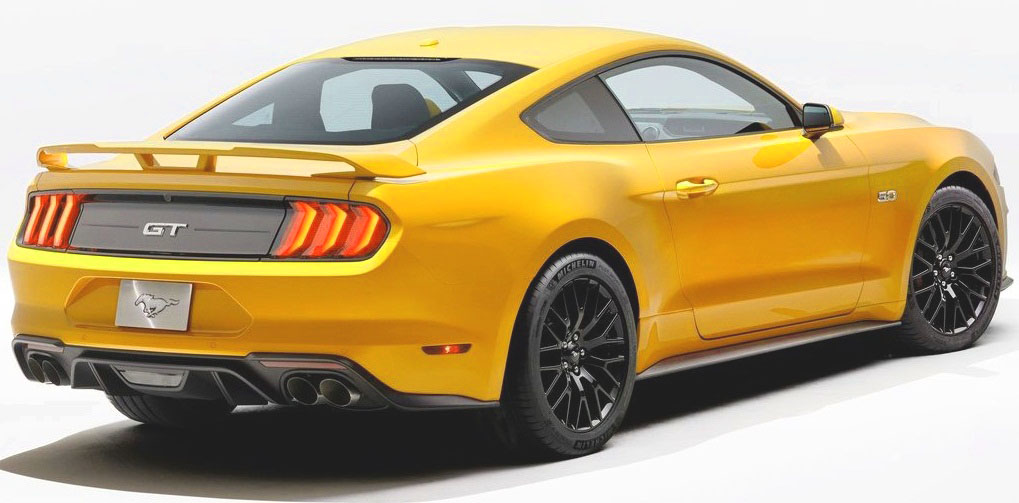 Pictures of Ford Mustang 2018 in Pakistan