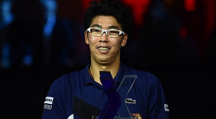 Hyeon Chung Bio Height Weight Age Affairs Measurements Family Glasses Ranking Education